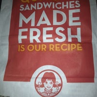 Photo taken at Wendy's by Matet E. on 6/20/2012