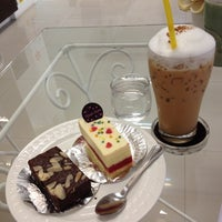 Photo taken at ร้านเนยหอม The Sweet-scented Bakery by Boat E. on 2/25/2012