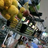 Photo taken at Stillus Burger by Richard M. on 9/12/2012