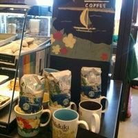 Photo taken at Starbucks by Dorothy D. on 5/10/2012