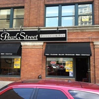 Photo taken at Pearl Street Pizzeria & Pub by Dennis G. on 5/16/2012