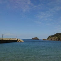 Photo taken at 諸寄海岸 by Satoru U. on 9/12/2012