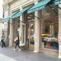 Photo taken at Dean & DeLuca by Trevis D. on 7/31/2012