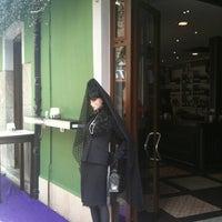 Photo taken at Monalisa Vinatería by Luis O. on 3/31/2012