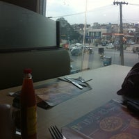 Photo taken at Pizza Hut by Fatima R. on 2/3/2012