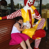 Photo taken at McDonald's by Ooa Greenway on 4/30/2012