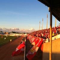 Photo taken at Estádio Municipal José Nazareno do Nascimento (Nazarenão) by Paulo Ricardo de O. on 4/21/2012