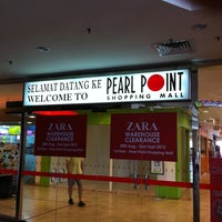Photo taken at Pearl Point Shopping Mall by chioukeng on 9/1/2012