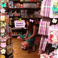 Photo taken at Cracker Barrel Old Country Store by Cherish W. on 7/26/2012