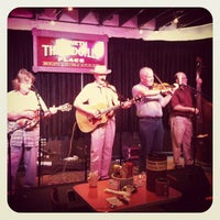 Photo taken at Threadgill's by Joe D. on 4/8/2012