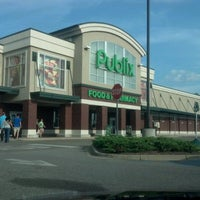 Photo taken at Publix by Jose R. on 8/4/2012