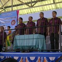 Photo taken at Kolam Renang Tirta Sari by Panut A. on 7/14/2012