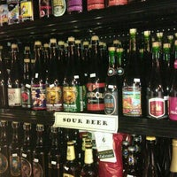 Photo taken at Chuck's Hop Shop by Beth Y. on 6/3/2012