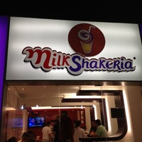Photo taken at MilkShakeria by Raul N. on 5/21/2012