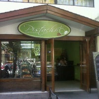 Photo taken at Pasteleria Pistacho by Ache70 on 3/25/2012