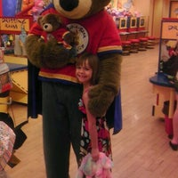 Photo taken at Build-A-Bear Workshop by Elainebow on 4/28/2012