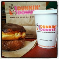 Photo taken at Dunkin Donuts by Majdi A. on 6/13/2012