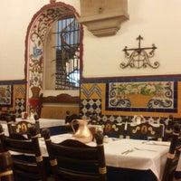 Foto tomada en Café de Tacuba por Neto el 7/9/2012