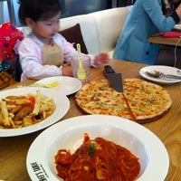 Photo taken at Chef's Table (세종대) by Min-Jeong S. on 4/28/2012