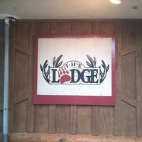 Photo taken at The Lodge Beer and Growler Bar by Carl C. on 4/9/2012