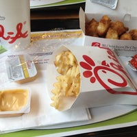 Photo taken at Chick-fil-A Meridian Crossroads by Catherine on 7/21/2012