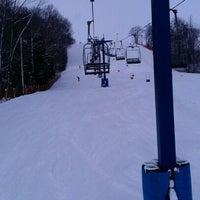 2/25/2012 tarihinde Kulvir G.ziyaretçi tarafından Chicopee Ski & Summer Resort'de çekilen fotoğraf
