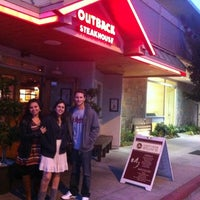 Photo taken at Outback Steakhouse by Lincon L. on 8/6/2012