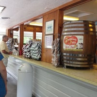 Photo taken at Boehringer's Ice Cream by Theresa E. on 5/30/2012