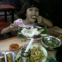 Photo taken at Mie Ayam KQ5 by Rina S. on 2/25/2012