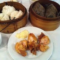 Photo taken at La Maison Kim Fung 金豐酒家 by Katy L. on 3/15/2012