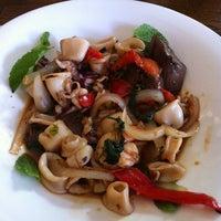 Photo taken at Lantern Thai Kitchen by Craig S. on 9/10/2012