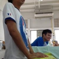 Photo taken at Pharmacy Laboratory by Klaow S. on 5/23/2012