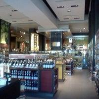 Foto tomada en El Mundo del Vino por Ale el 2/22/2012