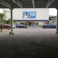 Photo taken at Coppel Circunvalacion by Alex R. on 3/5/2012