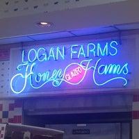 Photo taken at Logan Farms Honey Glazed Hams by David on 7/2/2012