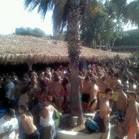 Photo taken at Punda Beach Club by ΔΕΣΠΟΙΝΑ Τ. on 7/28/2012