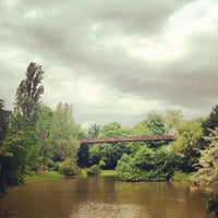 Photo taken at Buttes Chaumont Park by Renke Y. on 7/1/2012