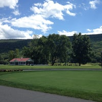 Photo taken at The Shawnee Inn and Golf Resort by Vic on 8/18/2012