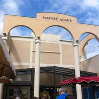 Photo taken at Marché Arago by Jerome A. on 8/14/2012