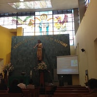 Foto tomada en Iglesia Parroquial La Medalla Milagrosa por H d. el 8/19/2012