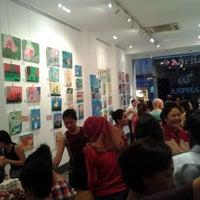 Photo taken at Ben Thanh Art & Frame by Farah F. on 6/3/2012