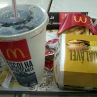 Photo taken at McDonald's by Thi G. on 7/13/2012