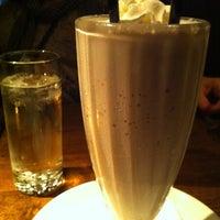 Photo taken at B & B Winepub (Burger & Barrel) by Nina Y. on 4/1/2012