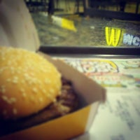 Photo taken at McDonald's by Vinicius G. on 5/25/2012
