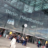 Photo taken at Berlin Hauptbahnhof by Grad v. on 5/17/2012