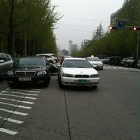Photo taken at M BUS BUS STOP by Yoon L. on 4/22/2012