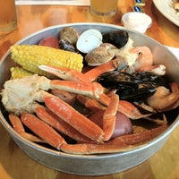 Photo taken at JT's Seafood Shack by Tedy F. on 5/6/2012
