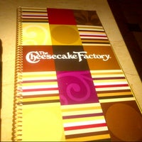 Photo taken at The Cheesecake Factory by Gabriel Alonso G. on 7/17/2012