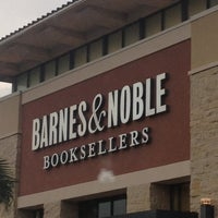 Photo taken at Barnes & Noble by GJ on 2/8/2012