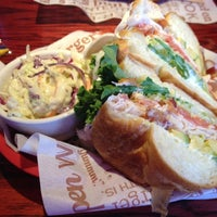 Photo taken at Red Robin Gourmet Burgers by Charles R. on 7/1/2012